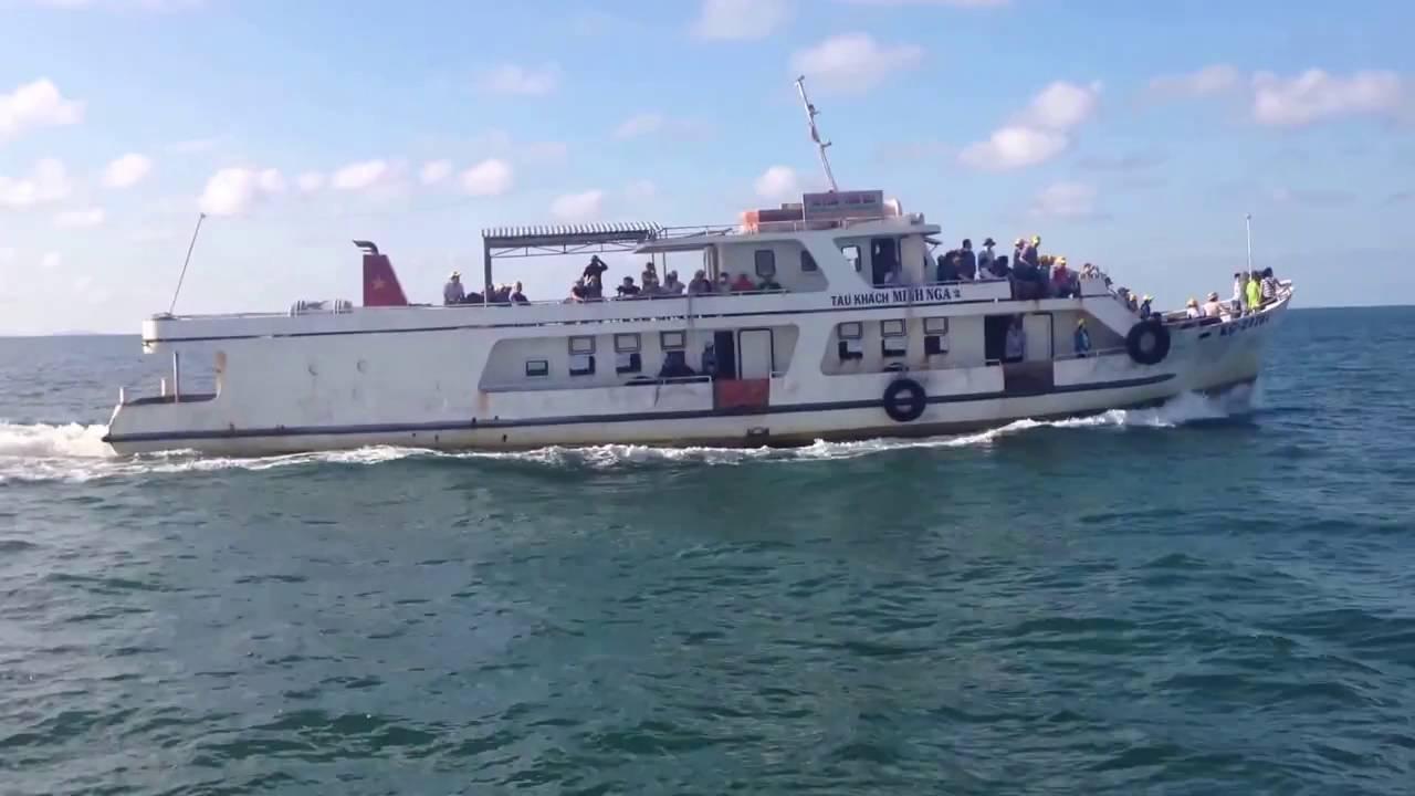 tàu minh nga ra đảo hải tặc